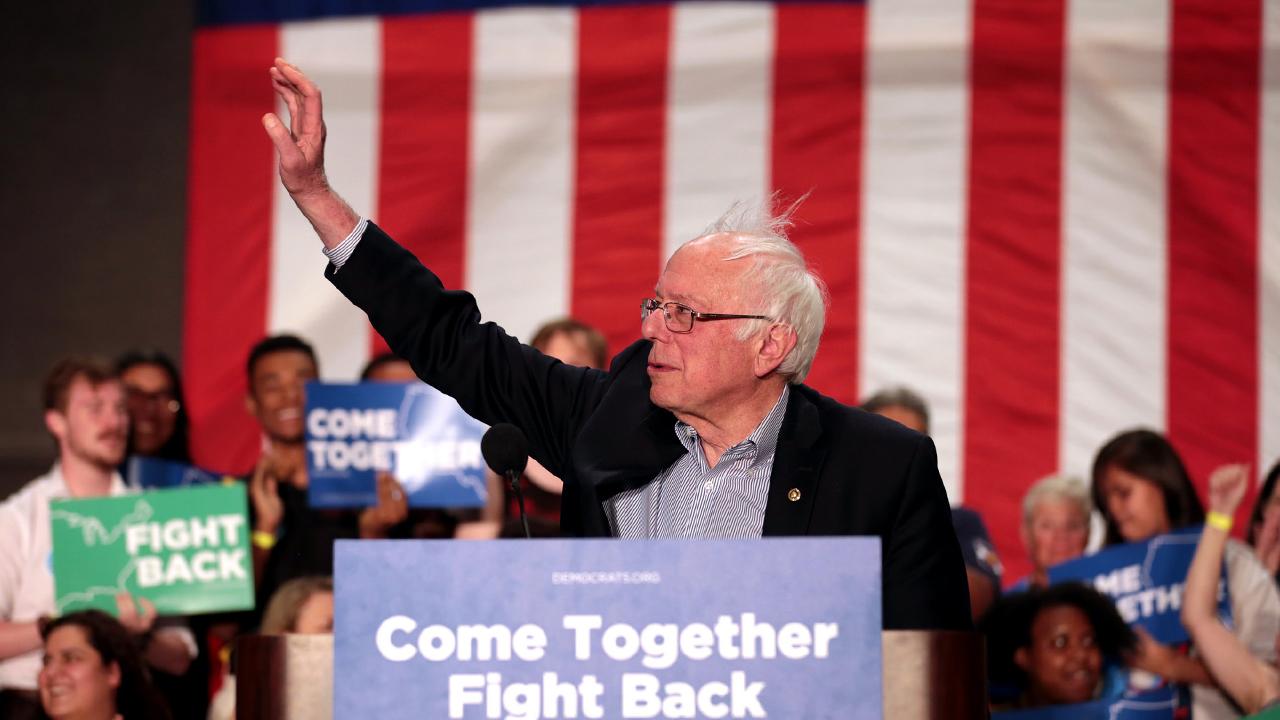 Bernie Sanders wave rally